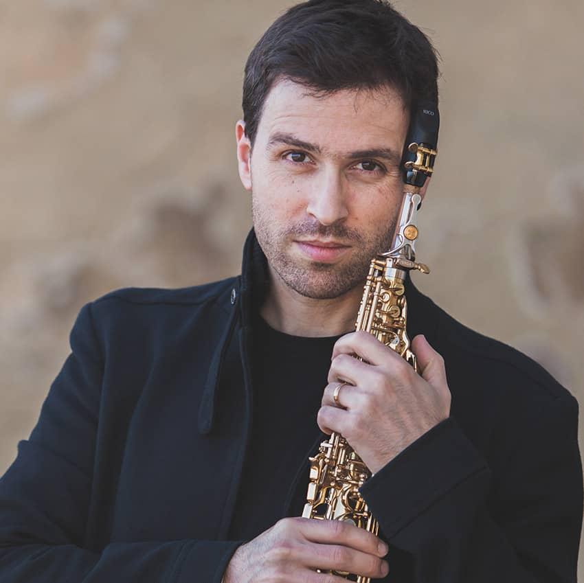 Saxofonista João Pedro Silva